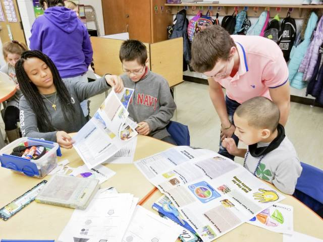 Illinois Agriculture in the Classroom