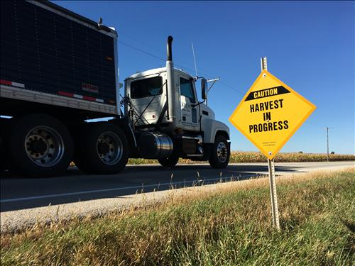 Rauner signs harvest season truck permit bill